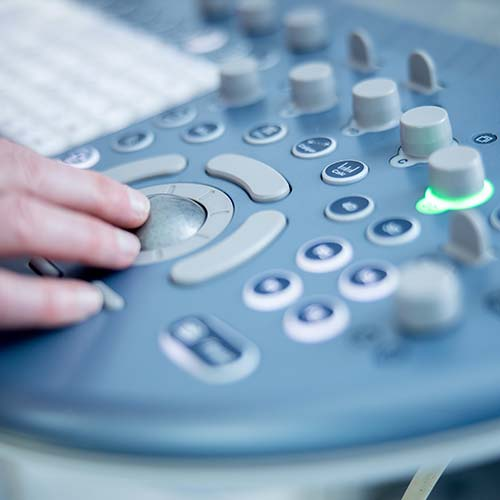 Frauenärztin Balingen - Dr. Harasztosi - Detaillaufnahme Ultraschallgerät